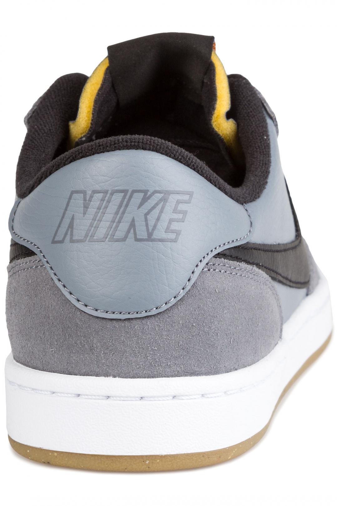 Uomo Nike SB FC Classic cool grey black | Sneakers low top