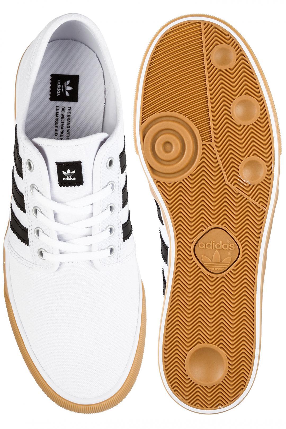 Uomo adidas Seeley Decon white core black white   Scarpe da skate