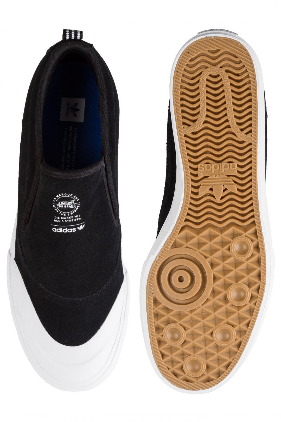 Uomo adidas Skateboarding Matchcourt Mid Slip core black white gum   Sneakers slip on
