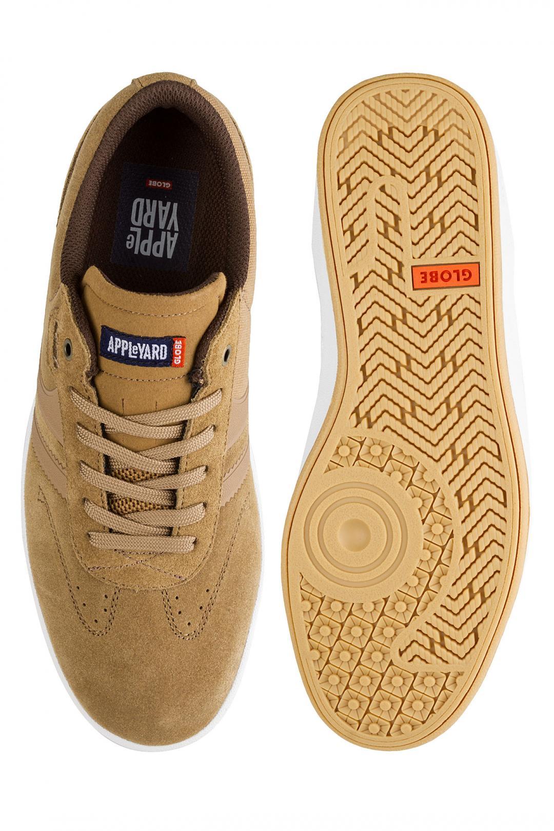 Uomo Globe Empire x Mark Appleyard tobacco gum | Sneaker