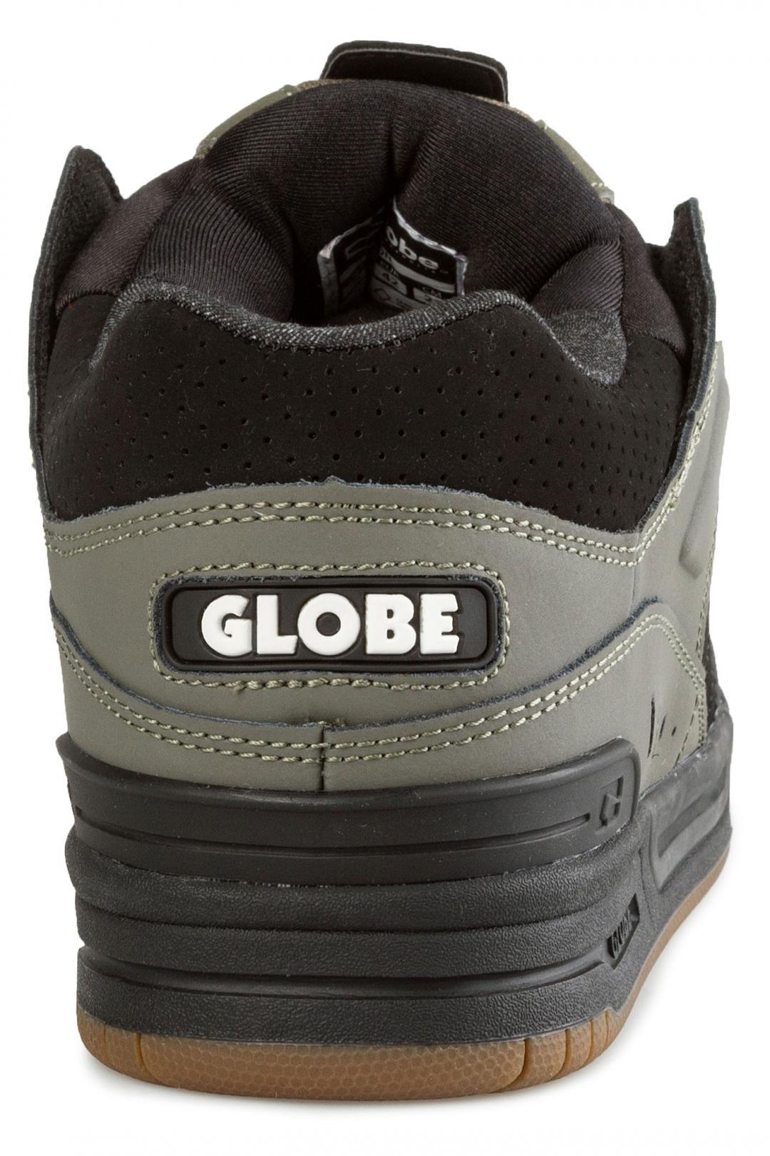 Uomo Globe Fusion dusty olive black   Scarpe da skate