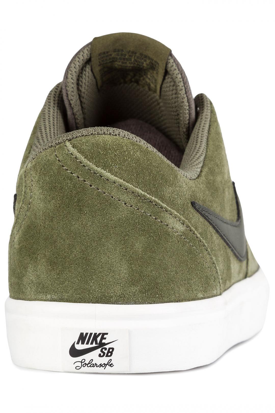 Uomo Nike SB Check Solarsoft medium olive sequoia   Sneakers low top