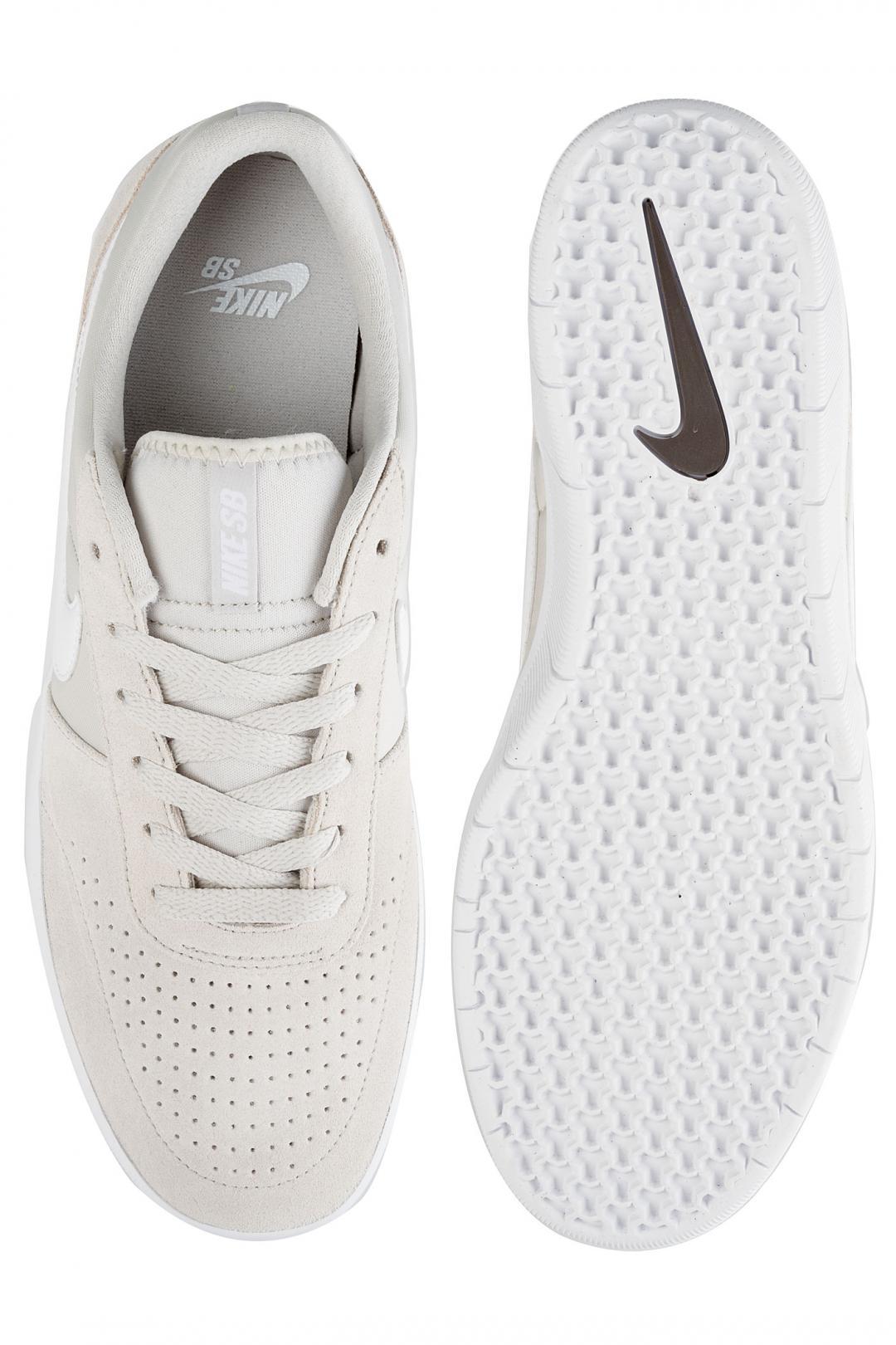 Uomo Nike SB Team Classic light bone ridgerock   Scarpe da skate
