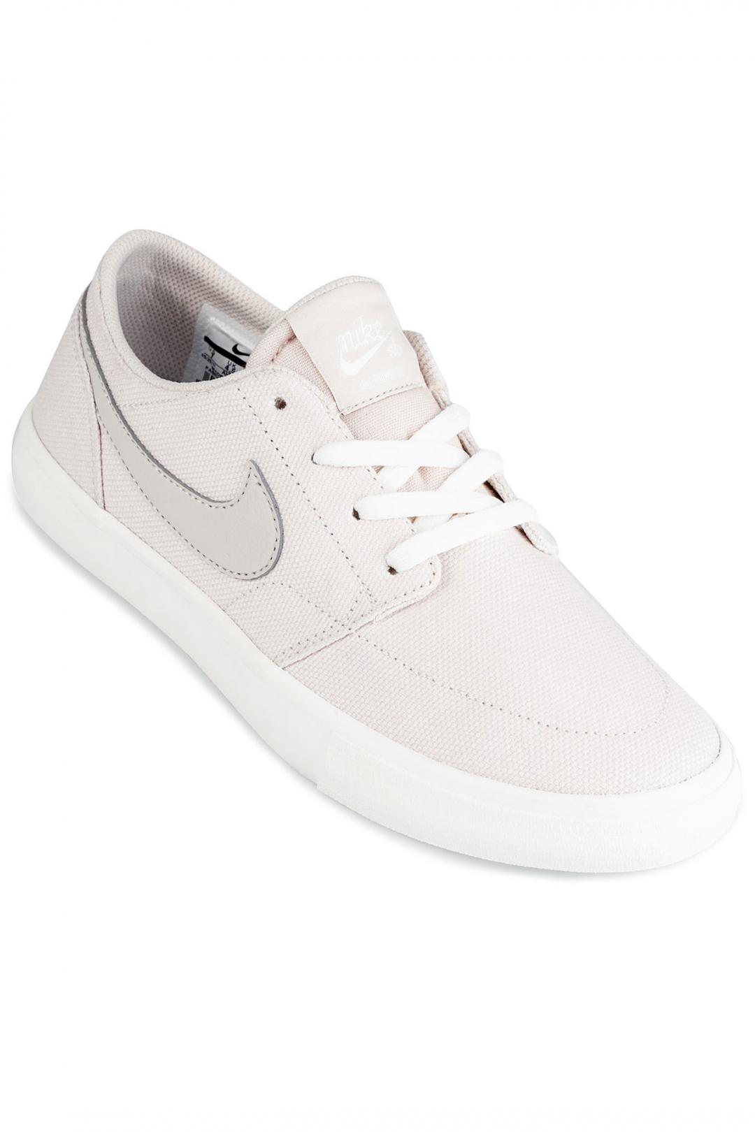 Donna Nike SB Solarsoft Portmore II desert sand | Sneaker